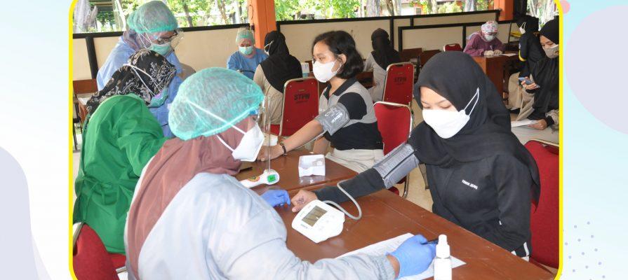 Vaksinasi Covid-19 di Lingkungan Sekolah Tinggi Pertanahan Nasional